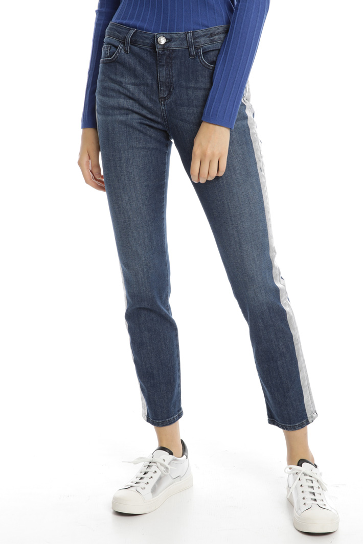 Ripped effect jeans Intrend