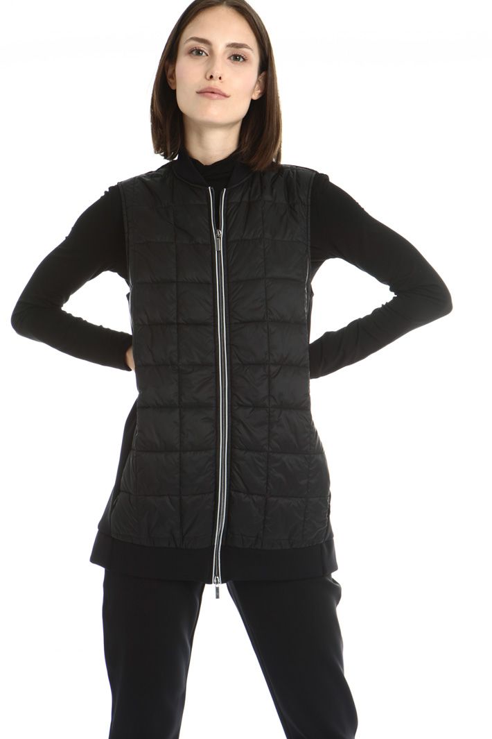 Dual material vest Intrend