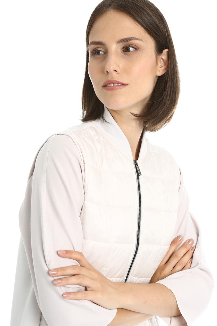 Dual material vest Intrend