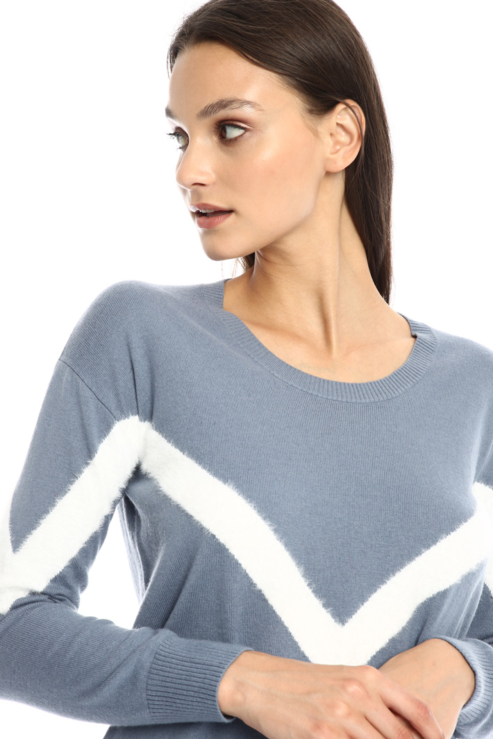 Contrasting inlay sweater Intrend