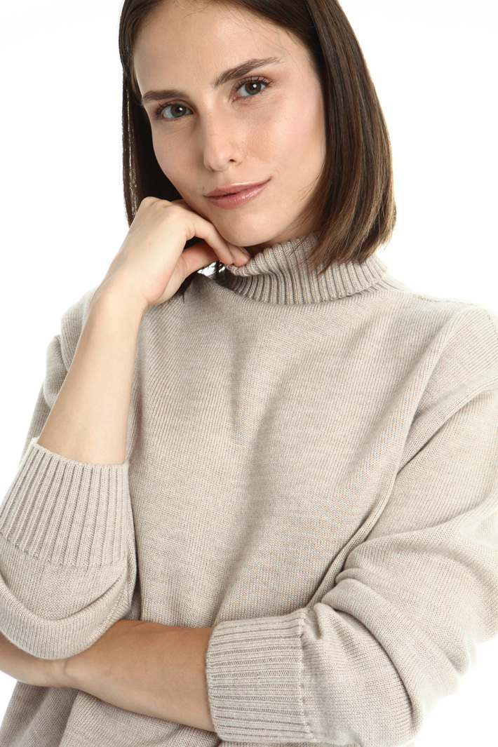 Loose fit wool sweater Intrend