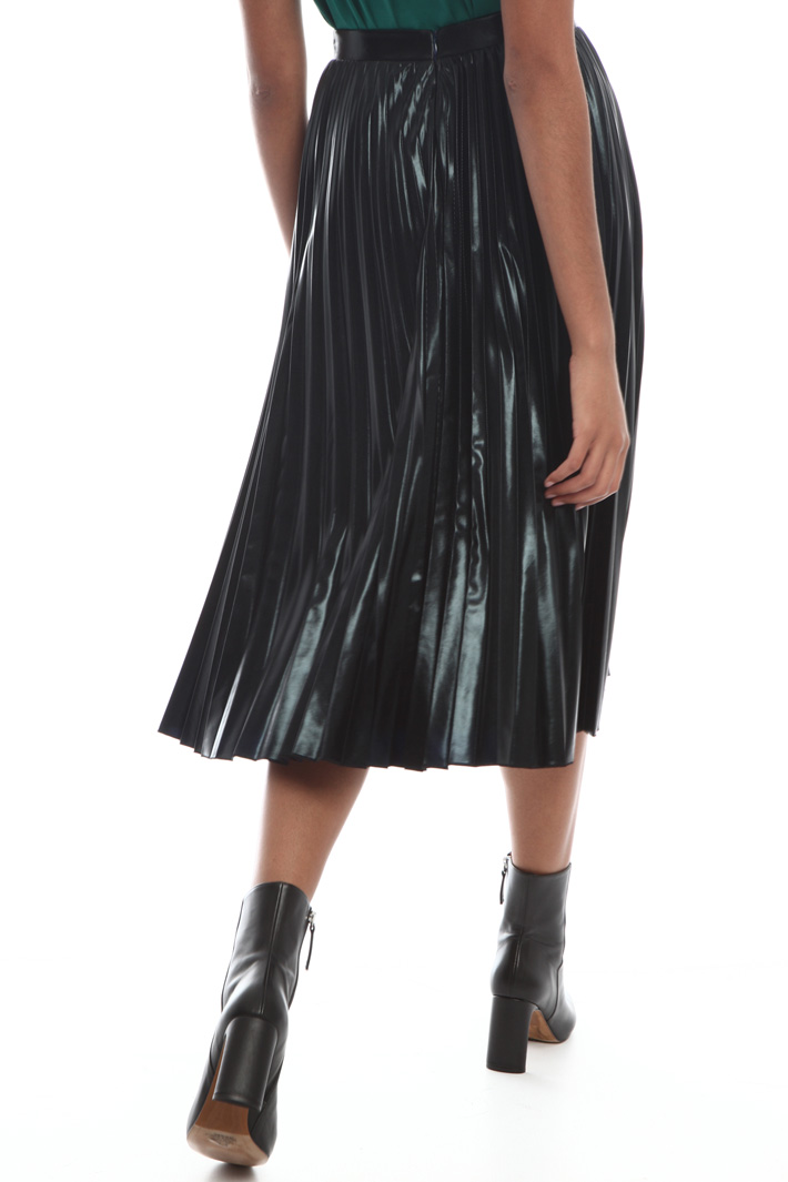 Laminated skirt Intrend