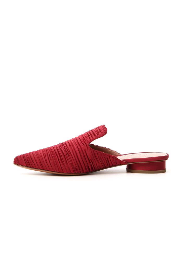 Pleated satin slipper mules  Intrend
