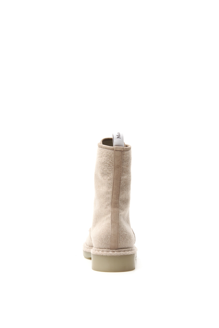 Cashmere boots Intrend