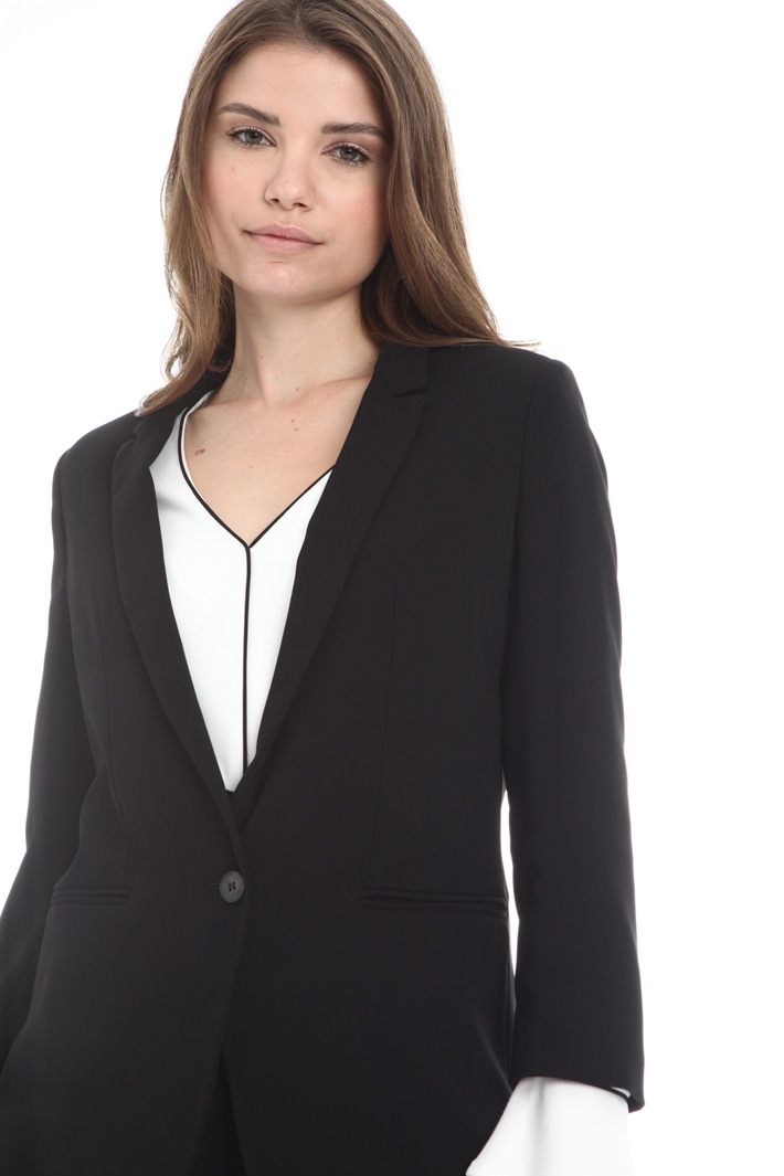 Single button blazer Intrend