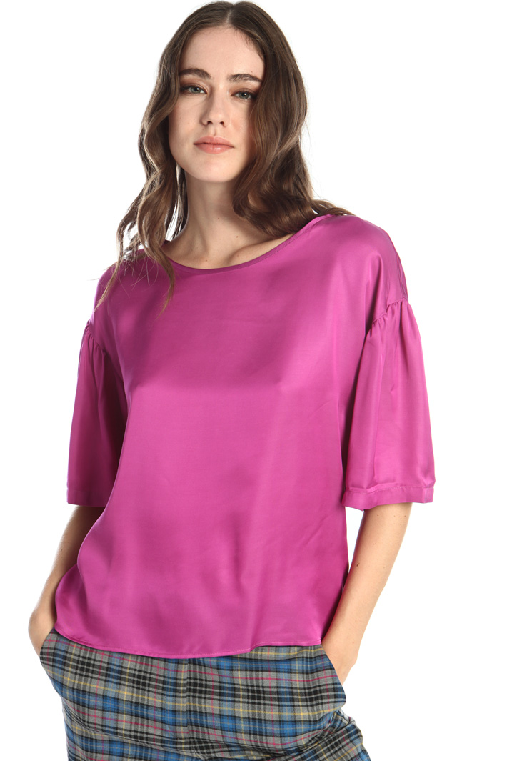 Fluid satin blouse Intrend