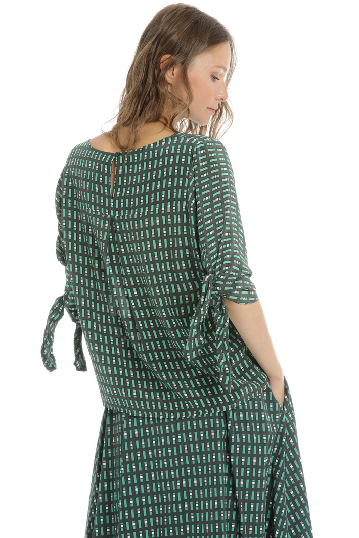 Knotted sleeve blouse Intrend