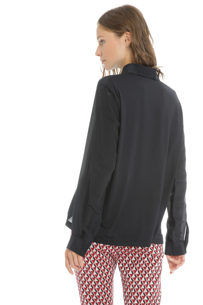 Pleated front silk shirt Intrend