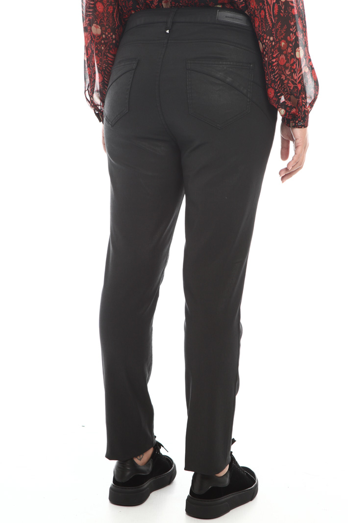 Trousers in coated cotton  Intrend