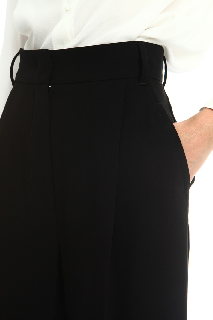 Technical fabric trousers Intrend