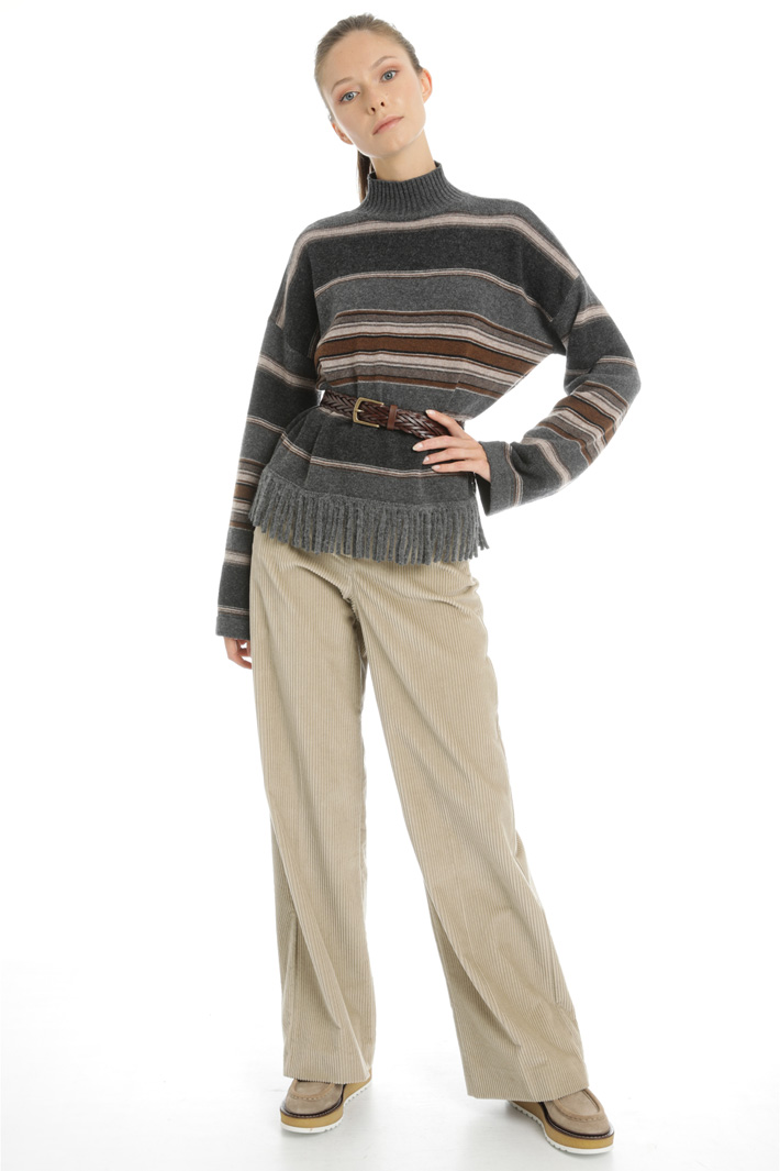 Wool fringed sweater Intrend