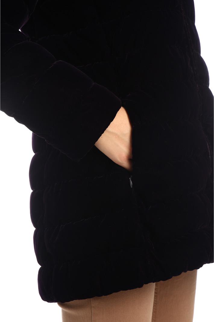 Velvet effect puffer coat Intrend