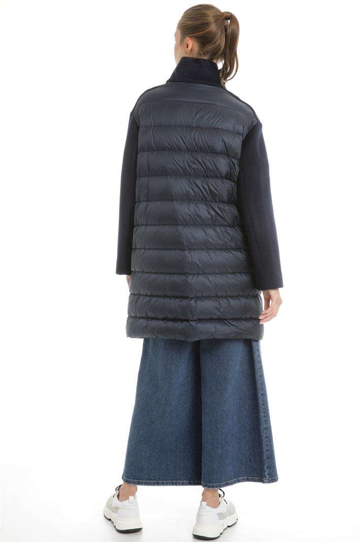 Dual material down coat Intrend