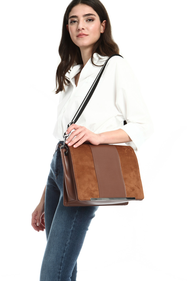 Suede crossbody Intrend