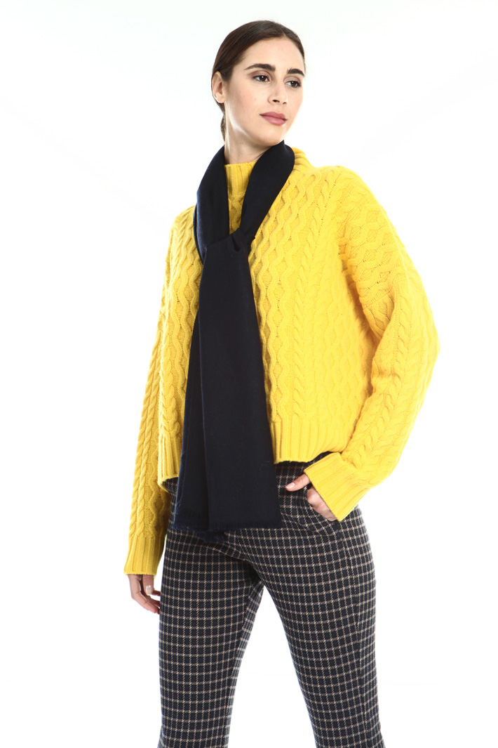 Pure wool stole Intrend