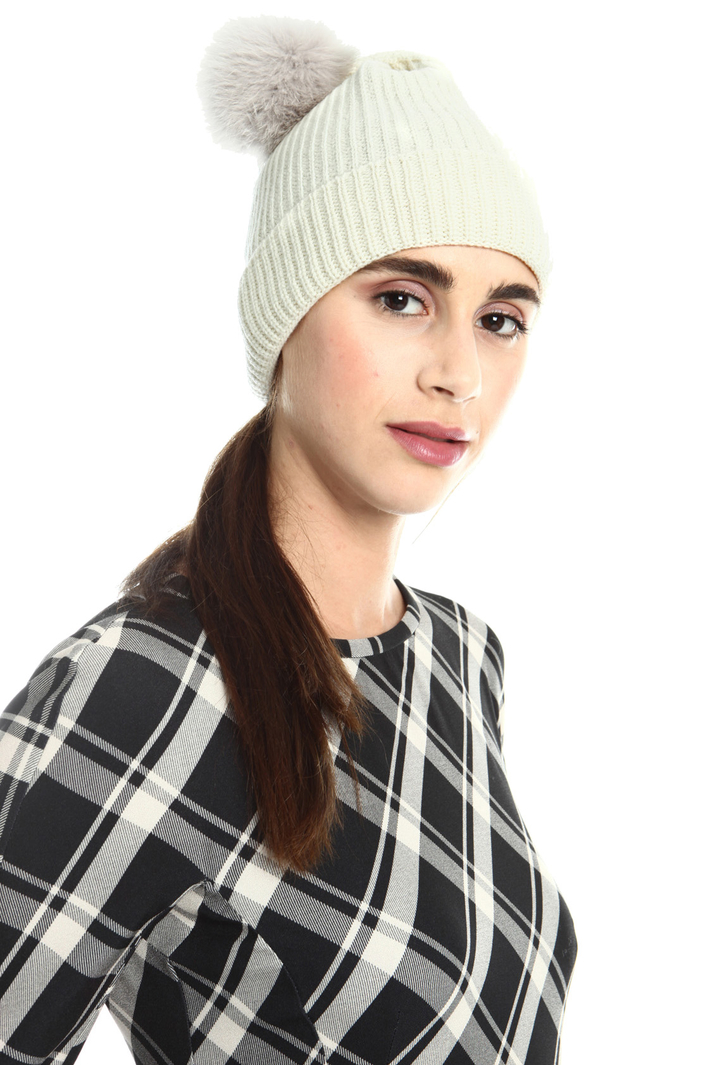 Pure virgin wool hat Intrend