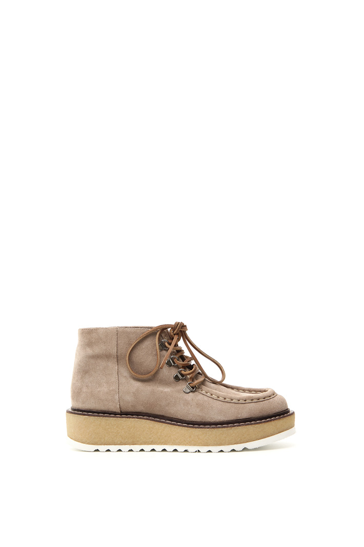 Laced shoes Intrend