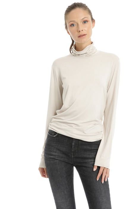 Stretch high neck top Intrend