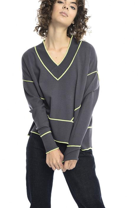 V-neck chenille sweater Intrend