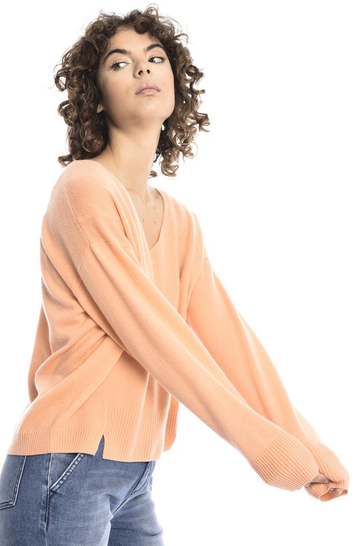 V-neck cashmere blend sweater Intrend