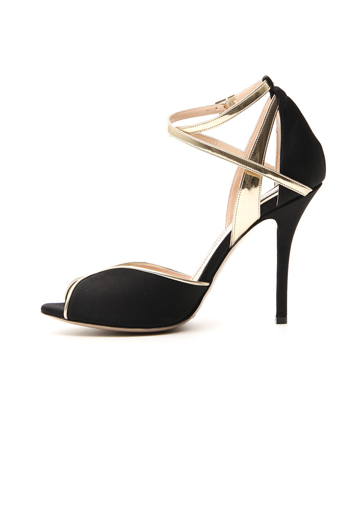 Satin and leather sandals Intrend