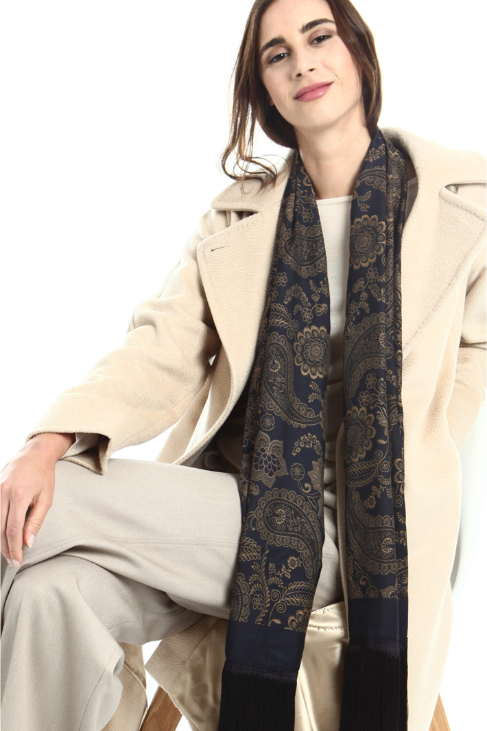 Fringed jacquard stole Intrend