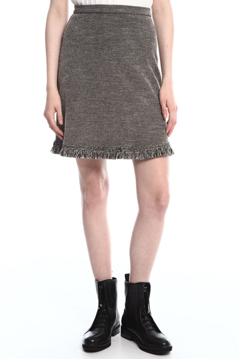 Raw edge mini skirt  Intrend