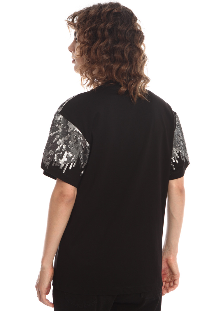T-shirt with sequins Intrend