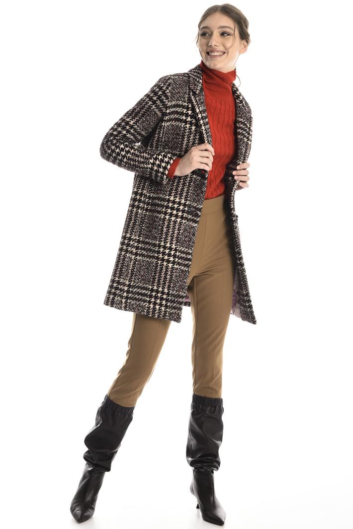 Yarn-dyed bouclé coat Intrend