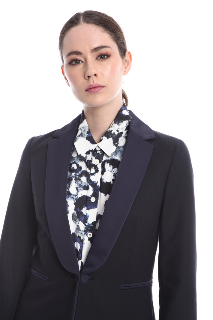 Tuxedo style jacket  Intrend