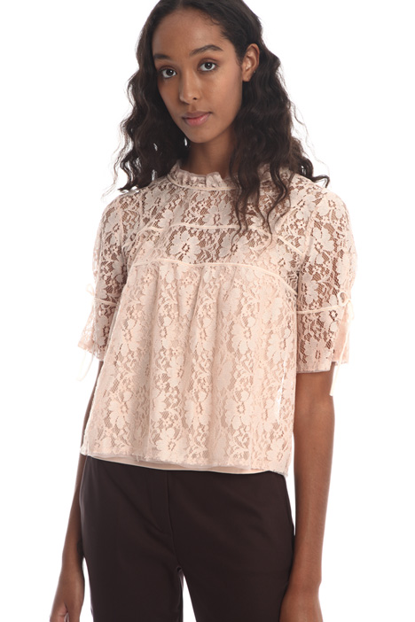Lace top Intrend