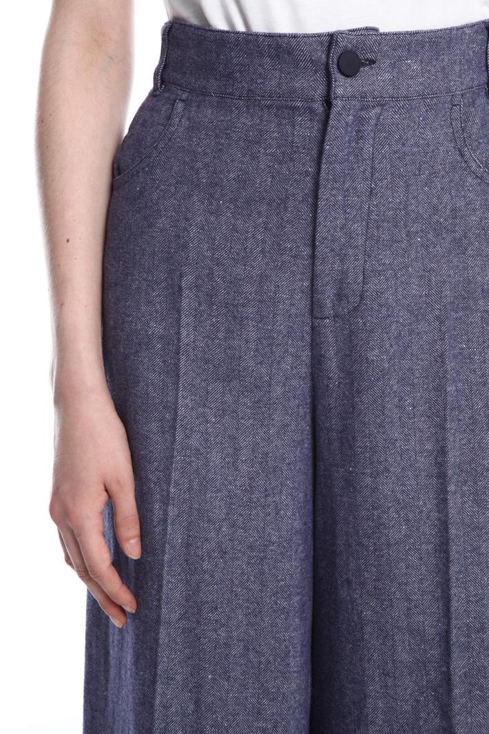 Wide-leg chevron trousers Intrend
