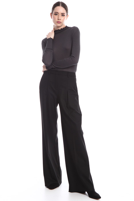 Wide-leg trousers with darts Intrend