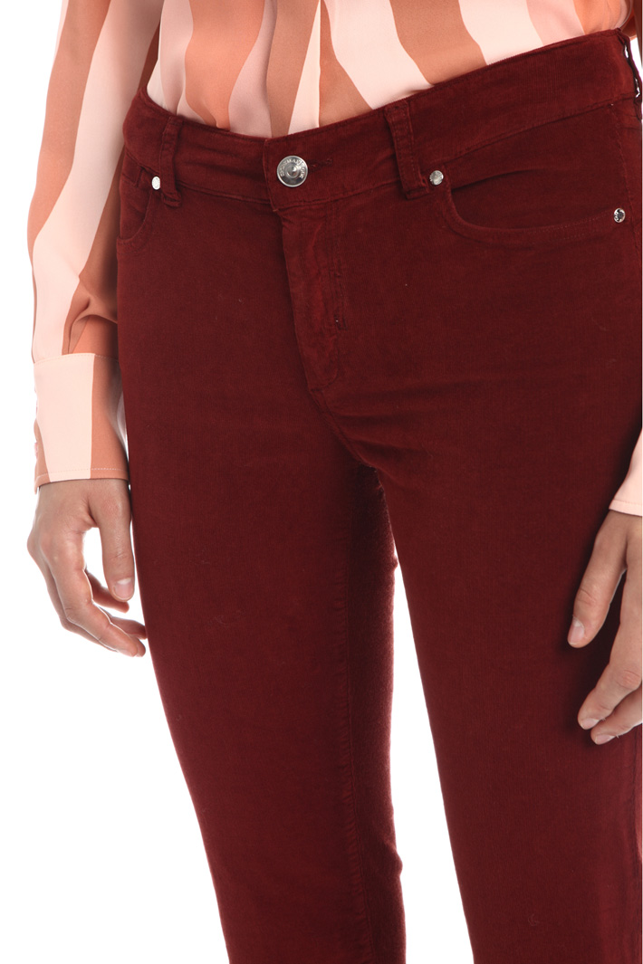 Skinny-fit corduroy trousers Intrend