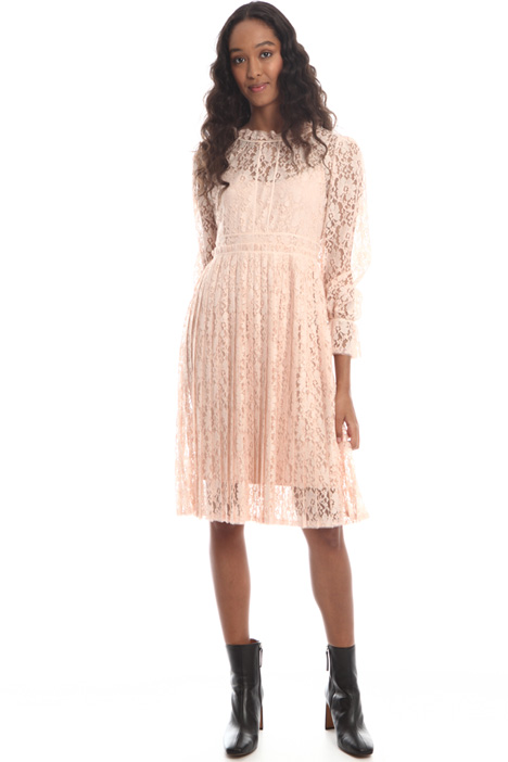 Pleated lace dress Intrend