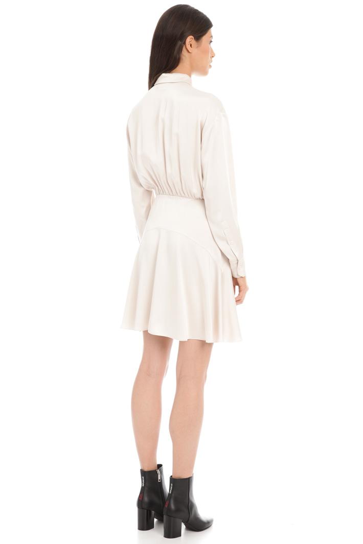 Shiny satin chemisier dress Intrend
