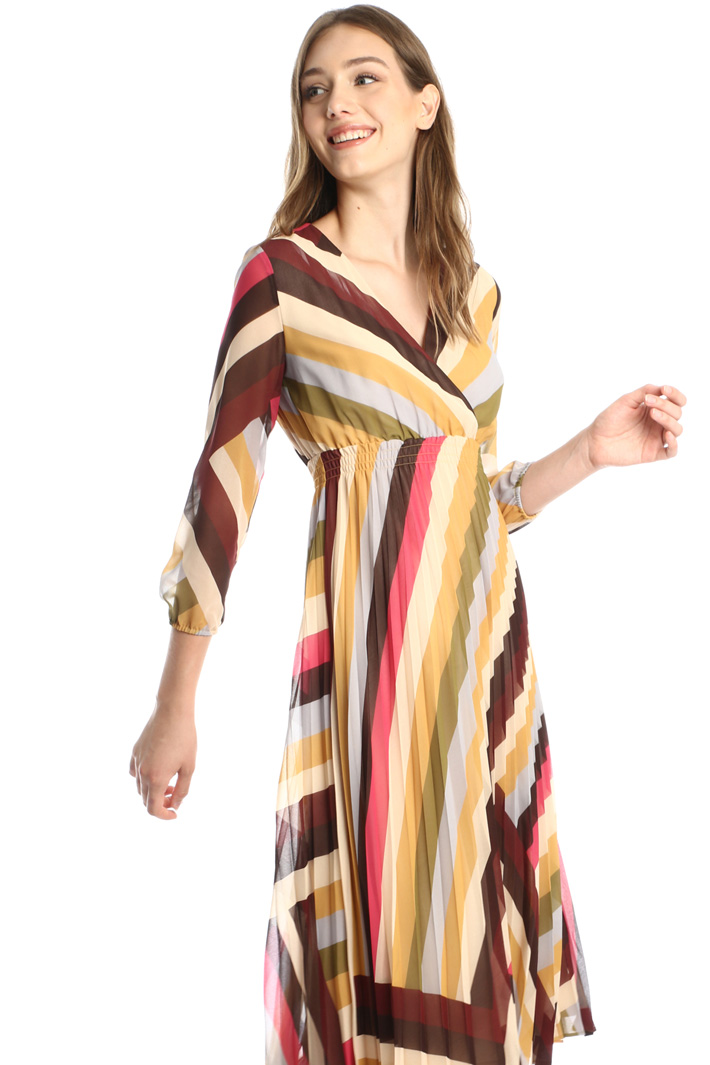 Pleated georgette dress Intrend