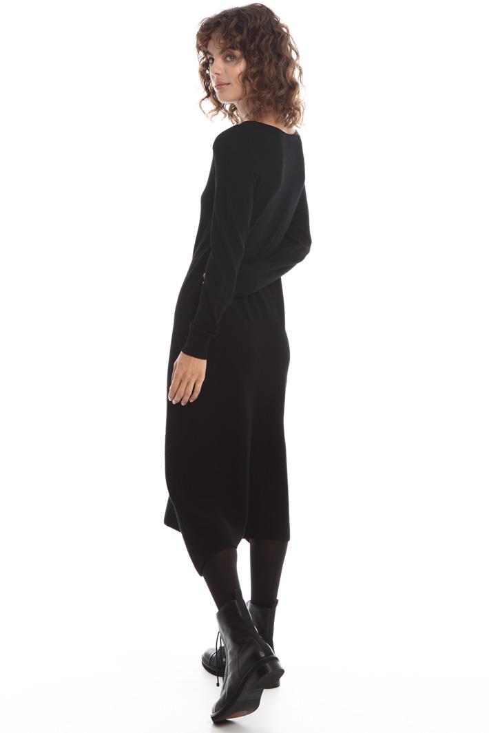 Knit dress with asymmetric hem Intrend