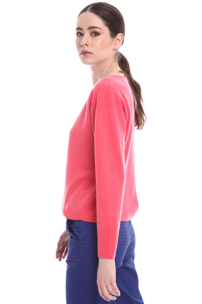 V-neck wool-cashmere sweater  Intrend