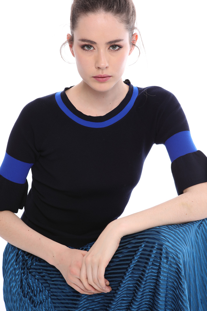 Sweater with ribbed inserts  Intrend