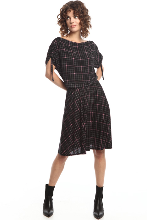Wide boat neck dress Intrend