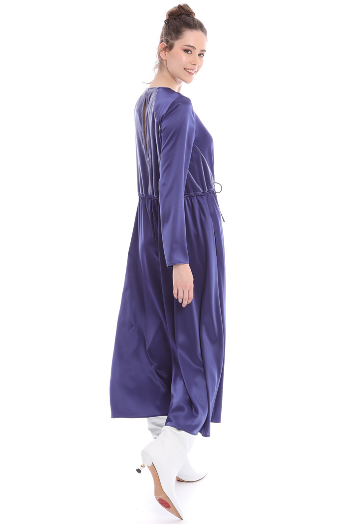 Satin and velvet dress Intrend