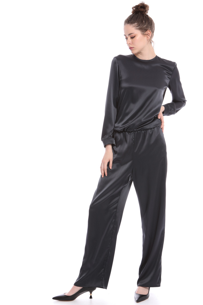 Satin and velvet jumpsuit Intrend