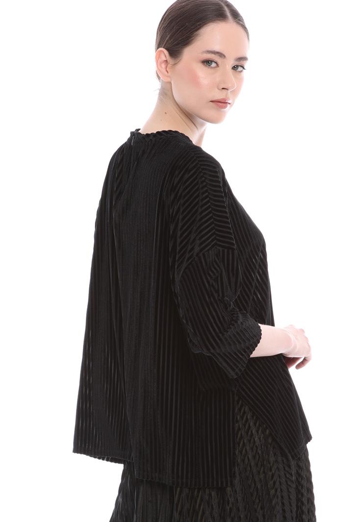 Oversized velvet T-shirt Intrend