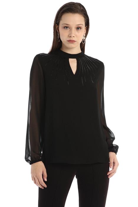 Fluid seguinned blouse Intrend