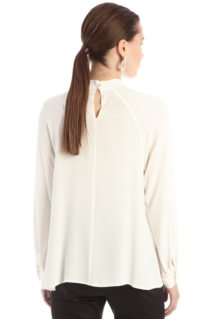Crepe fabric blouse Intrend