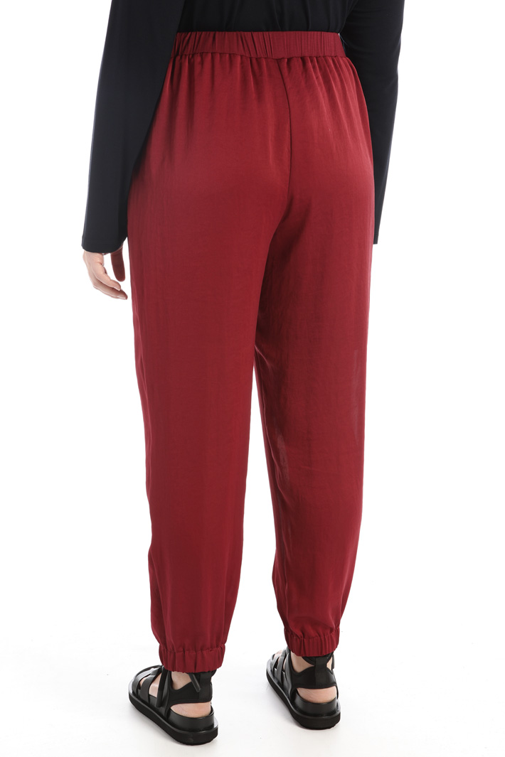 Satin jogging-style trousers Intrend