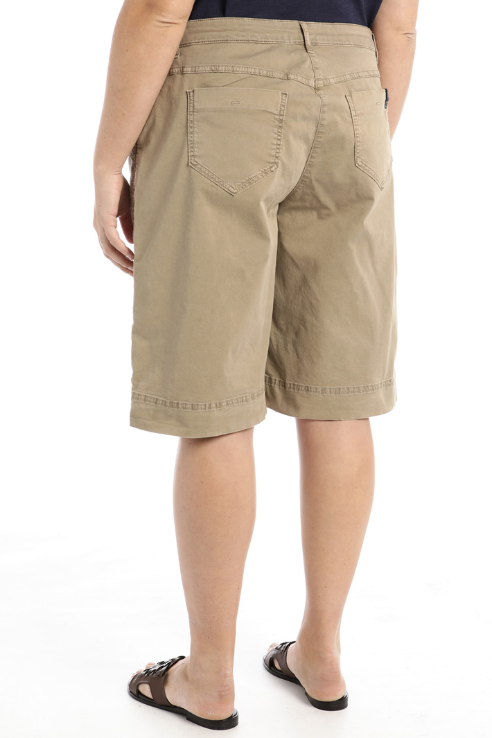 Cotton gabardine shorts Intrend