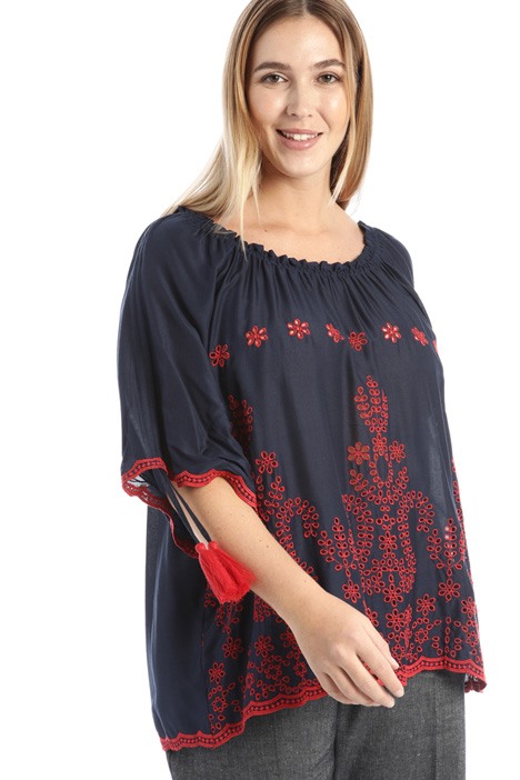 Tunic with embroidery Intrend