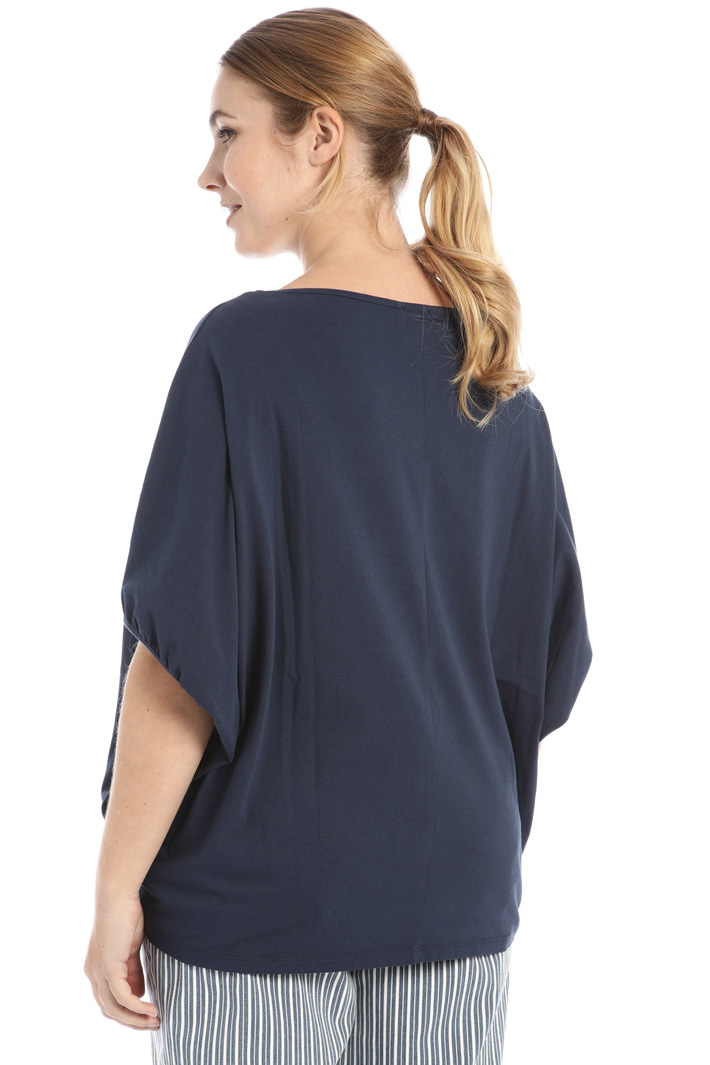 Beaded T-shirt Intrend